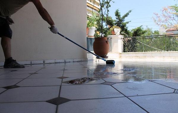 transparent-PU-waterproofing-low-750x480
